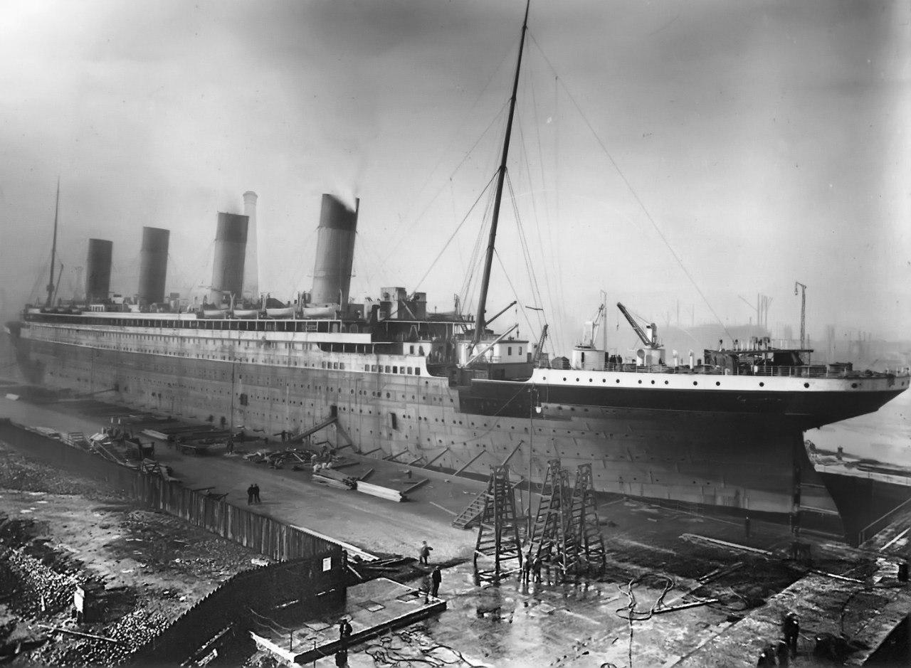 RMS Titanic in Thompson Graving Dock.jpg