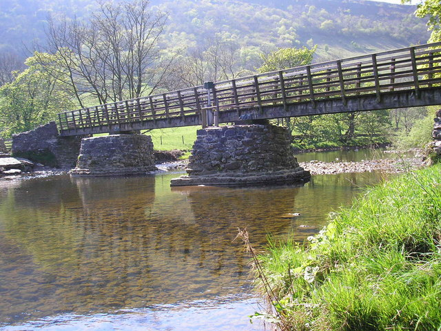 Starbotton Bridge - geograph.org.uk - 421619