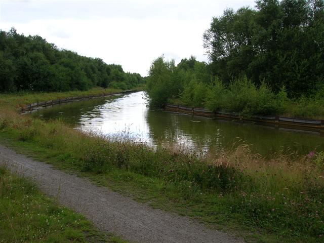 The Bridgewater canal - geograph.org.uk - 23979