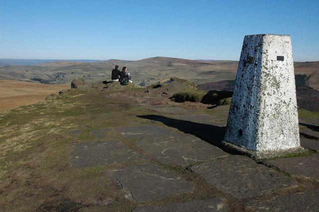Trig point on Shutlingsloe - geograph.org.uk - 696715