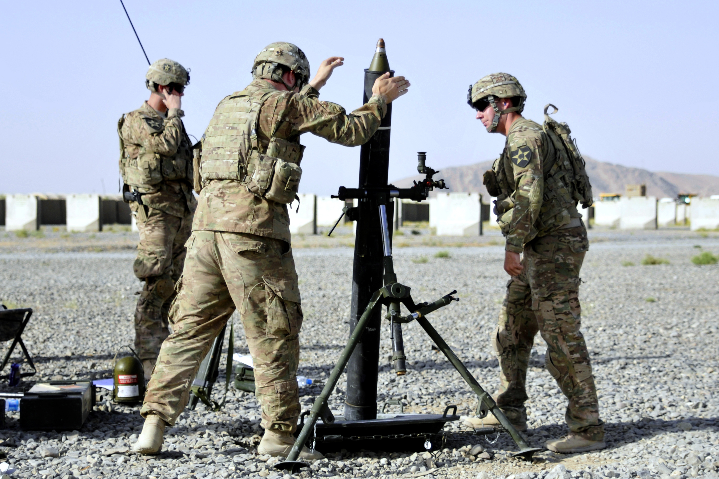 Military Mortar Sizes : File u s army mortar men fire a mm during force