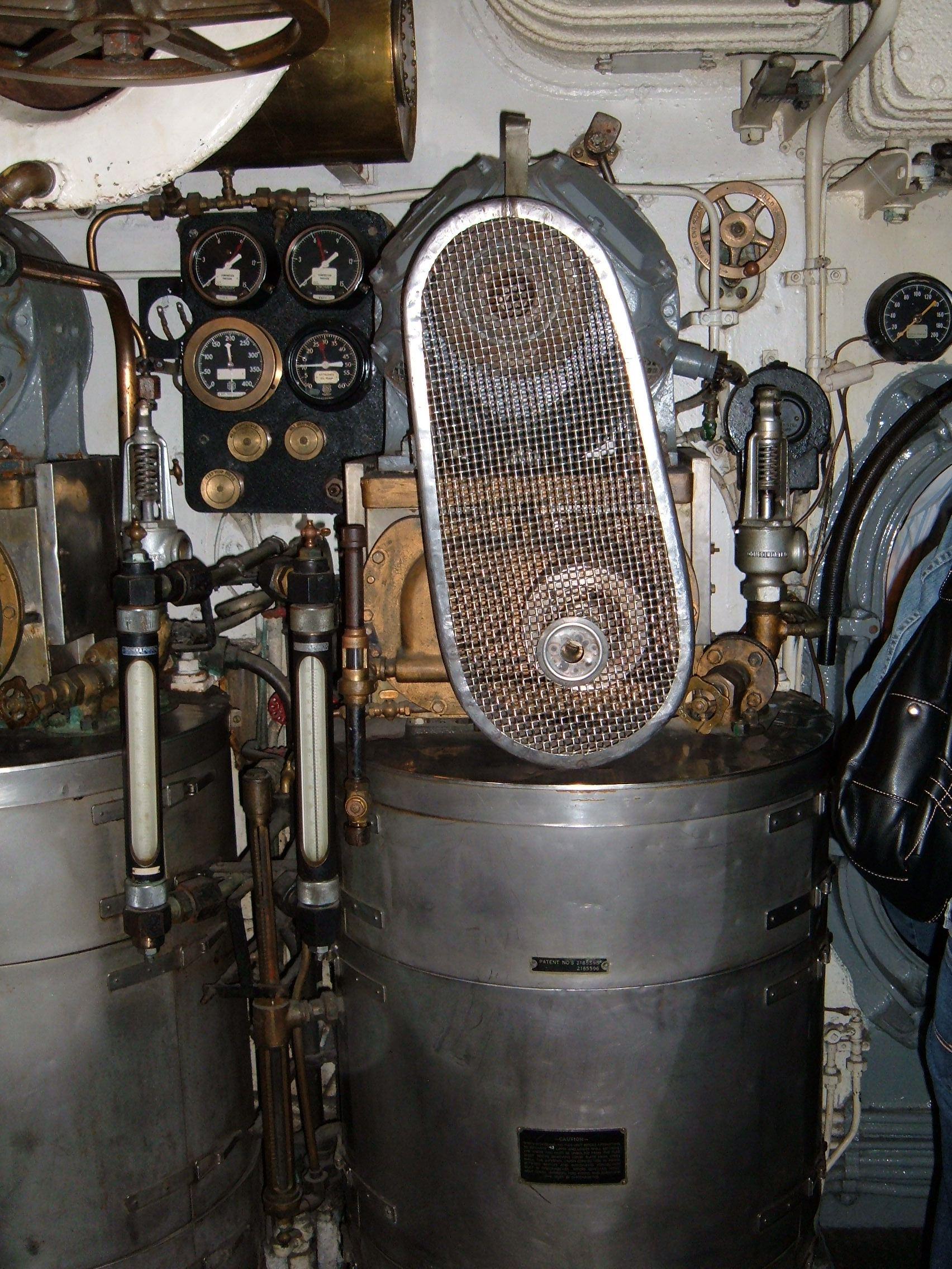 File USS Pampanito fresh water evaporator 1 JPG Wikimedia mons
