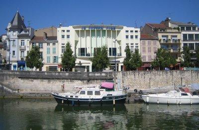 File:Verdun-quai-londres.jpg