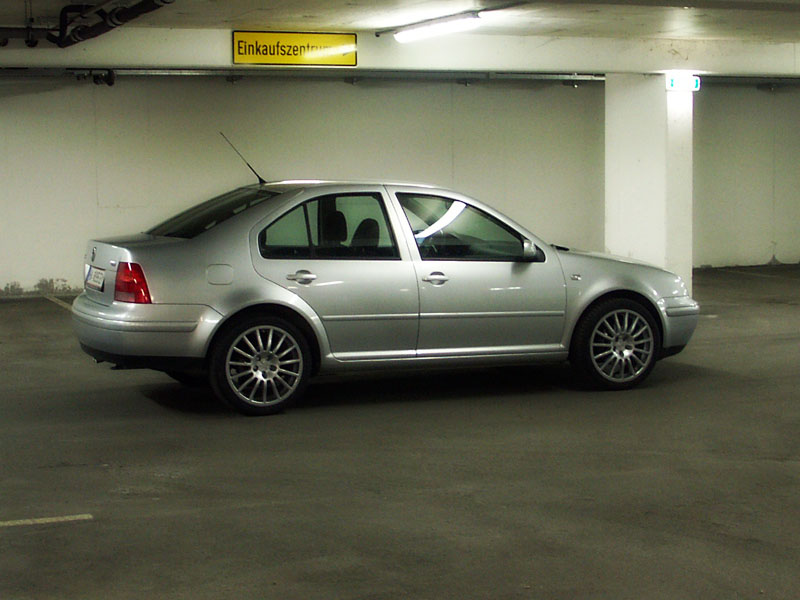 Volkswagen Bora - Wikipedia