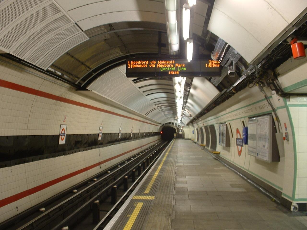 File:Wanstead London Underground station eastbound.JPG London Underground Stations