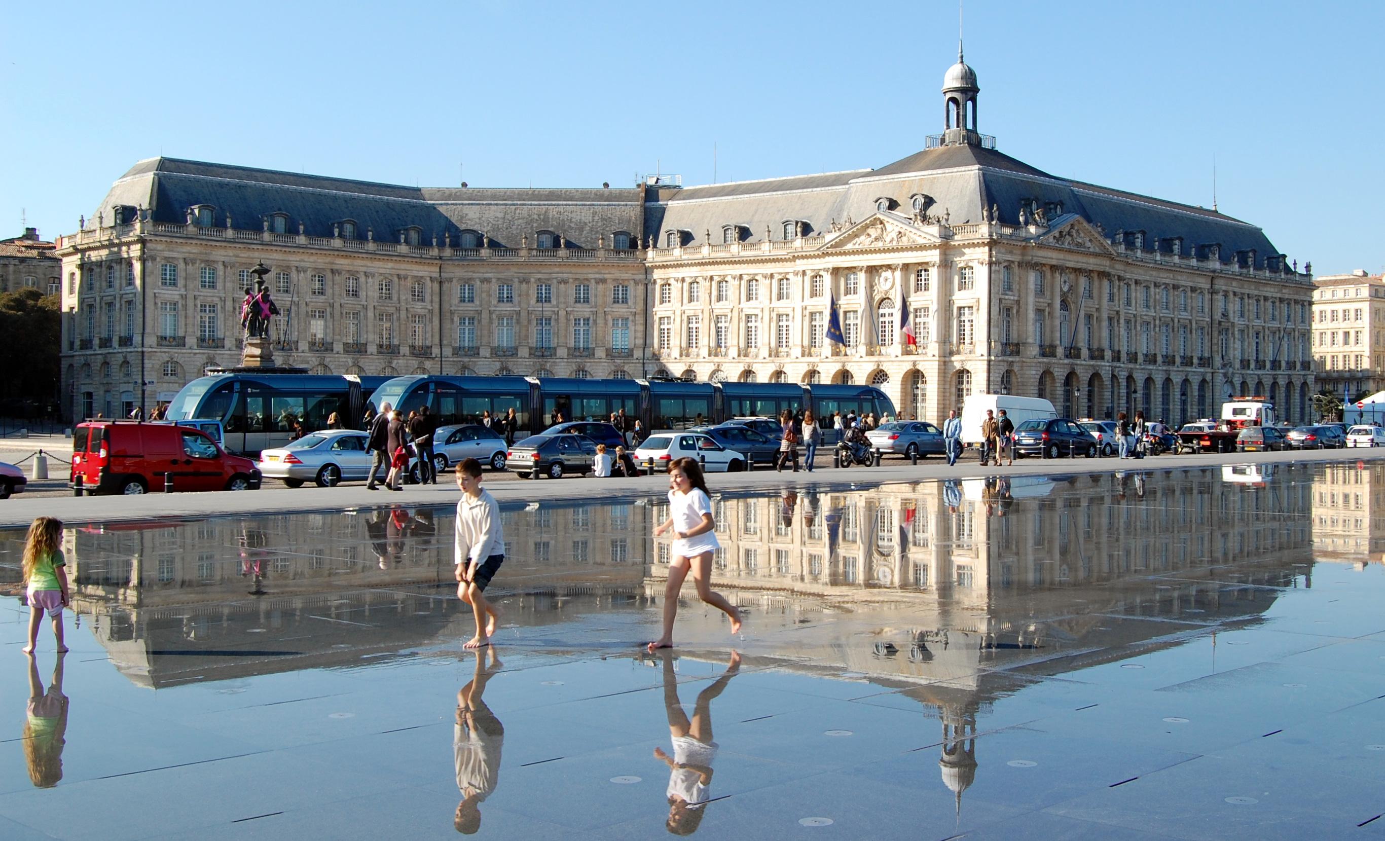 Fichier xdsc 7634 miroir d 39 eau wikip dia for Miroir d eau bordeaux