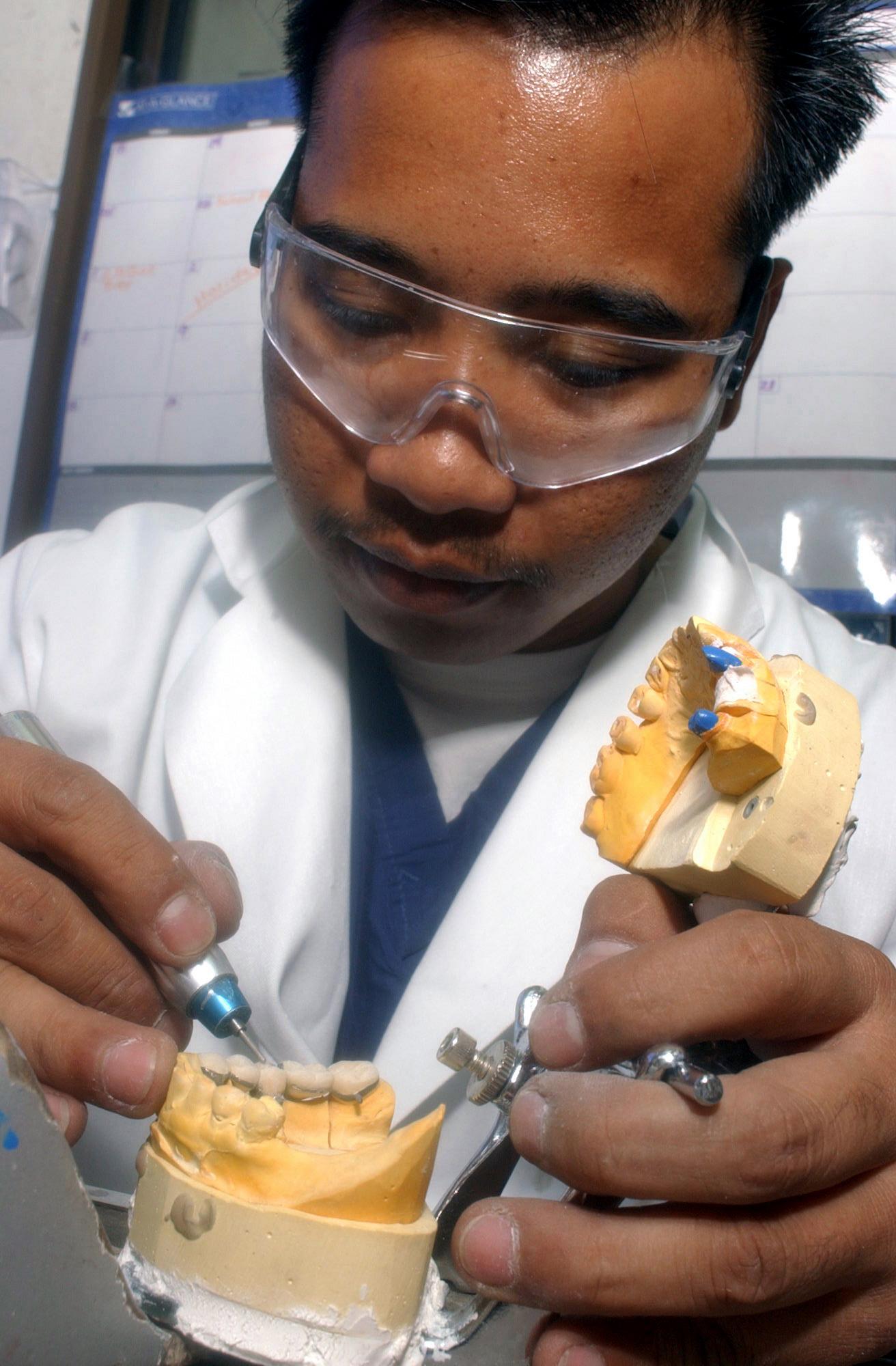 Costos de protesis dentales fijas en venezuela