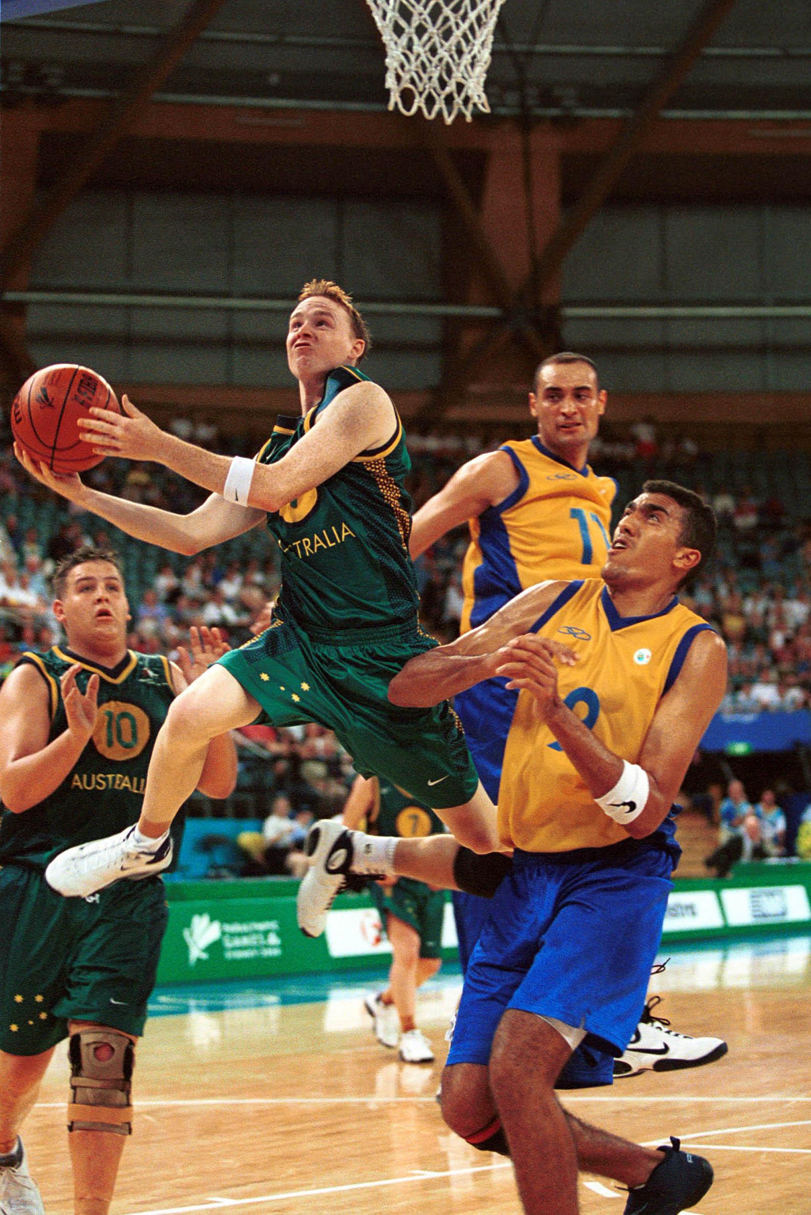 File:141100 - ID basketball Brett Wilson lays 2 - 3b ...