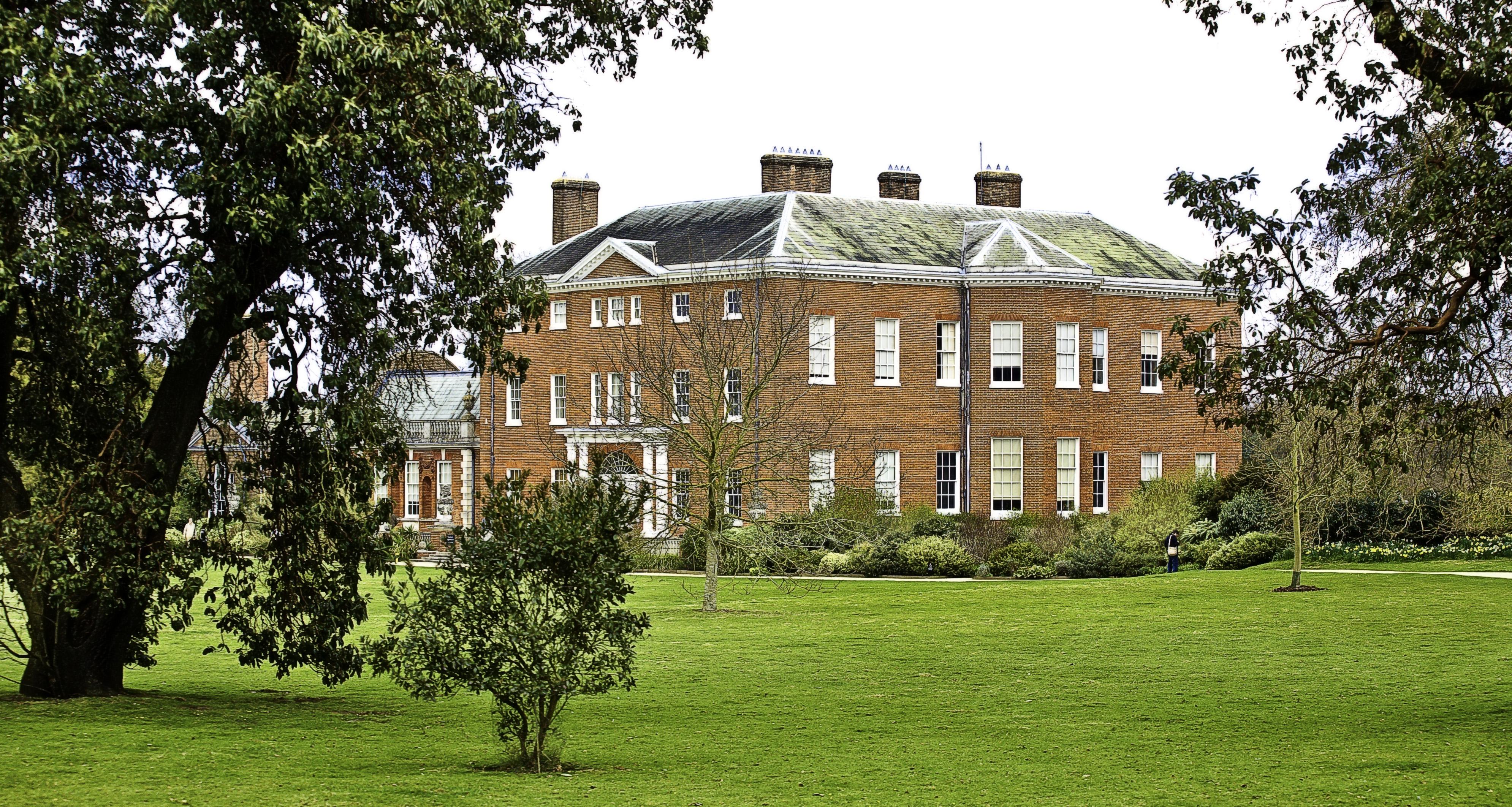 Guildford-Hatchlands-Park