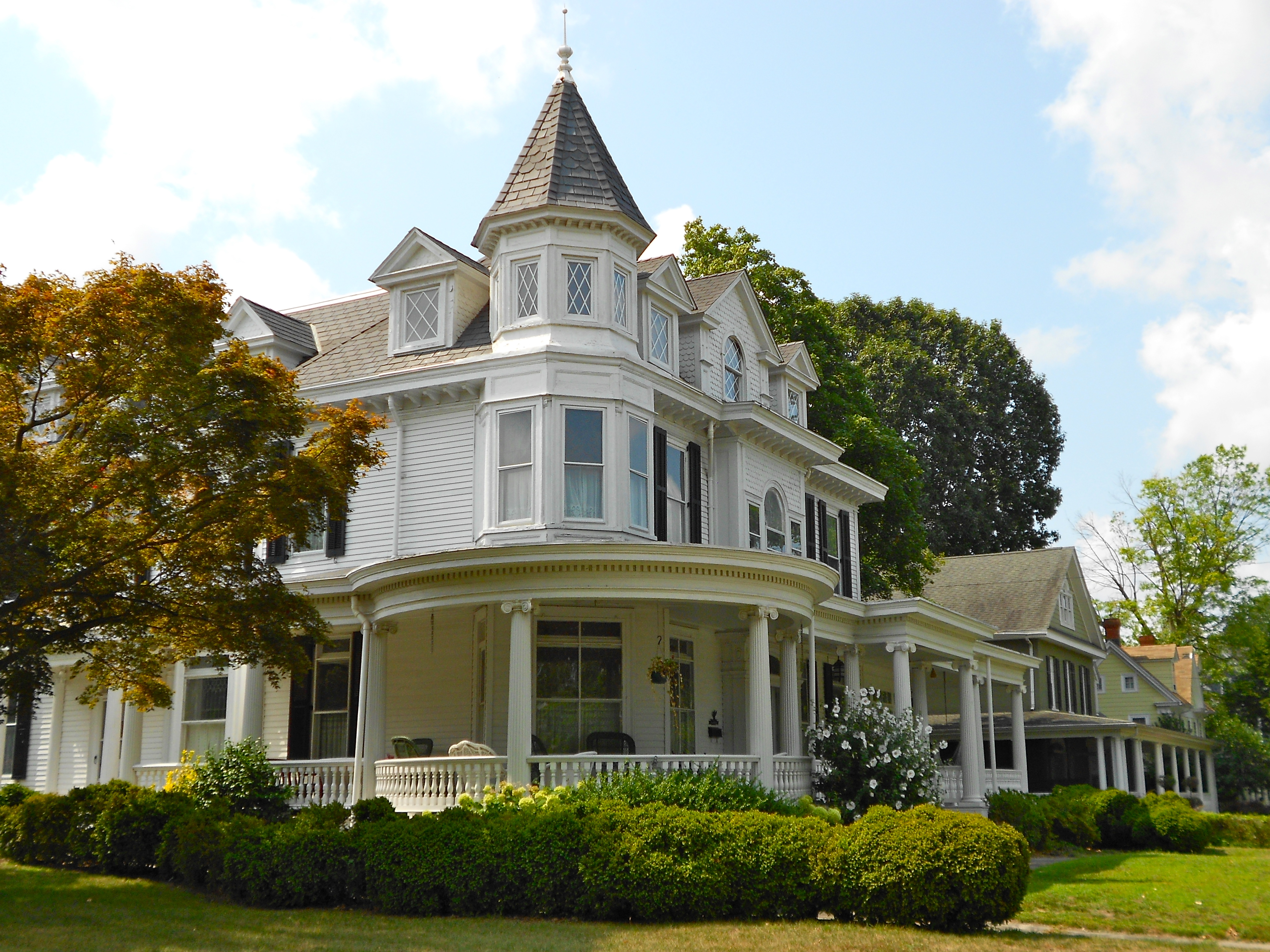 Fine Homes And Estates Realty Bayport New York