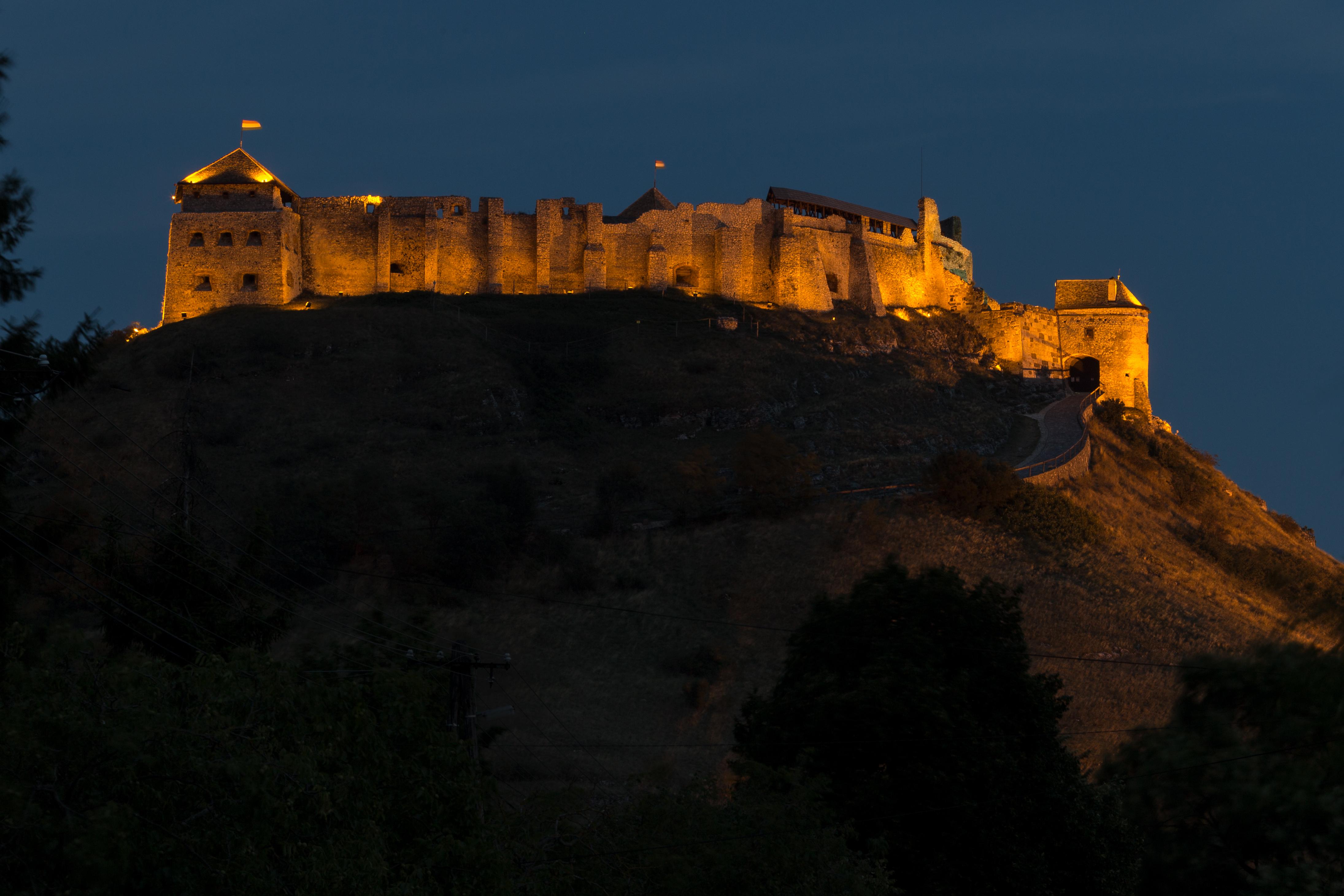 Castle Of Sümeg Wikipedia
