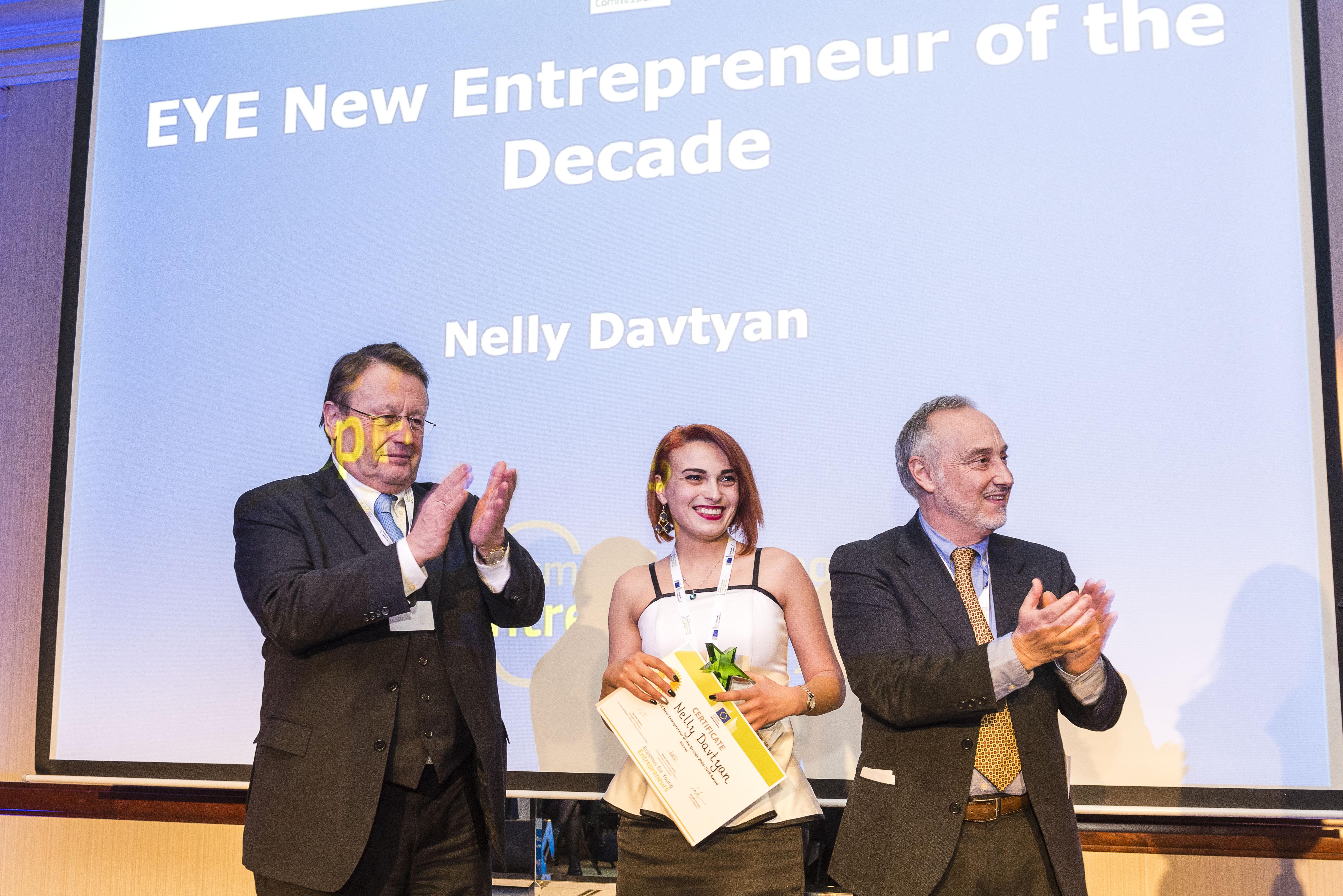 (Armenia) was awarded as EYE Host Entrepreneur of the Decade category․ Armenian Նելլի Դավթյանը (Հայաստան) «EYE Host Entrepreneur of the Decade» անվանակարգի մրցանակակիր