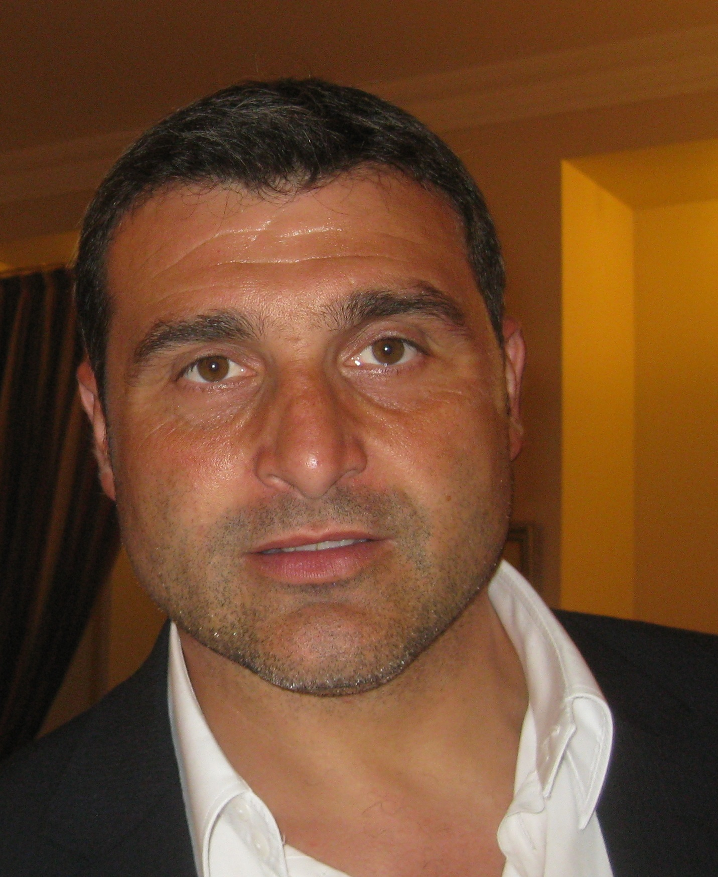 Angelo Peruzzi - Wikipedia
