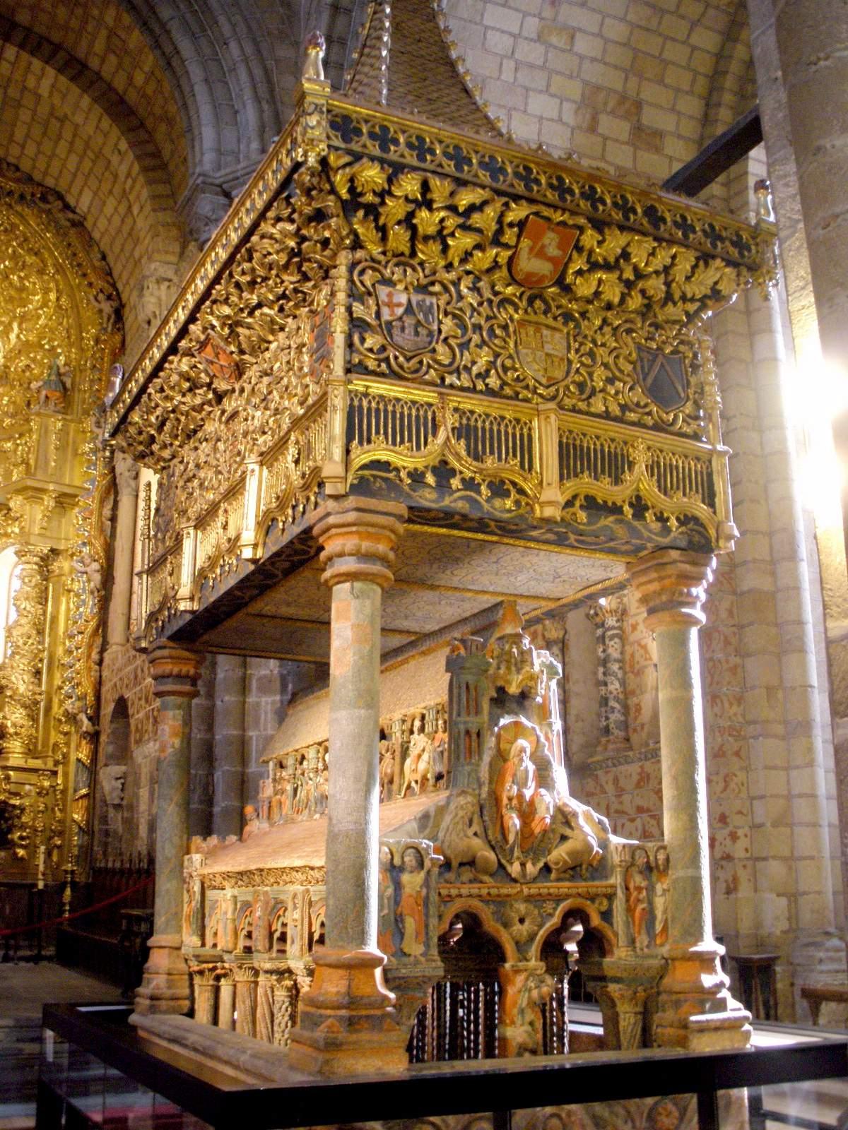 File:Avila - Basilica de San Vicente, interiores 57 ...