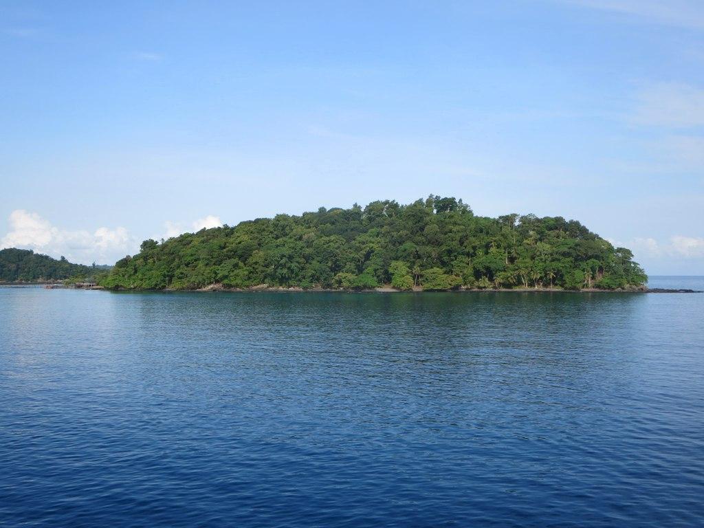 ボンボン島