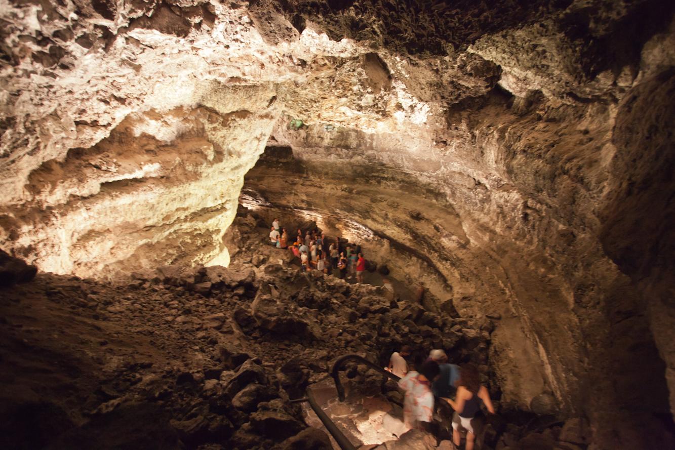 File:Cueva de los Verdes - Lanzarote - CV10.jpg - Wikimedia Commons
