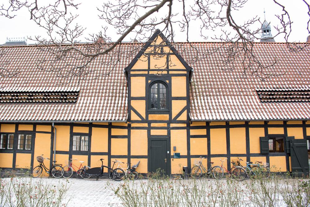File:Danish Design Centre in Fæstningens Materialgård, Copenhagen.jpg - Wikim...