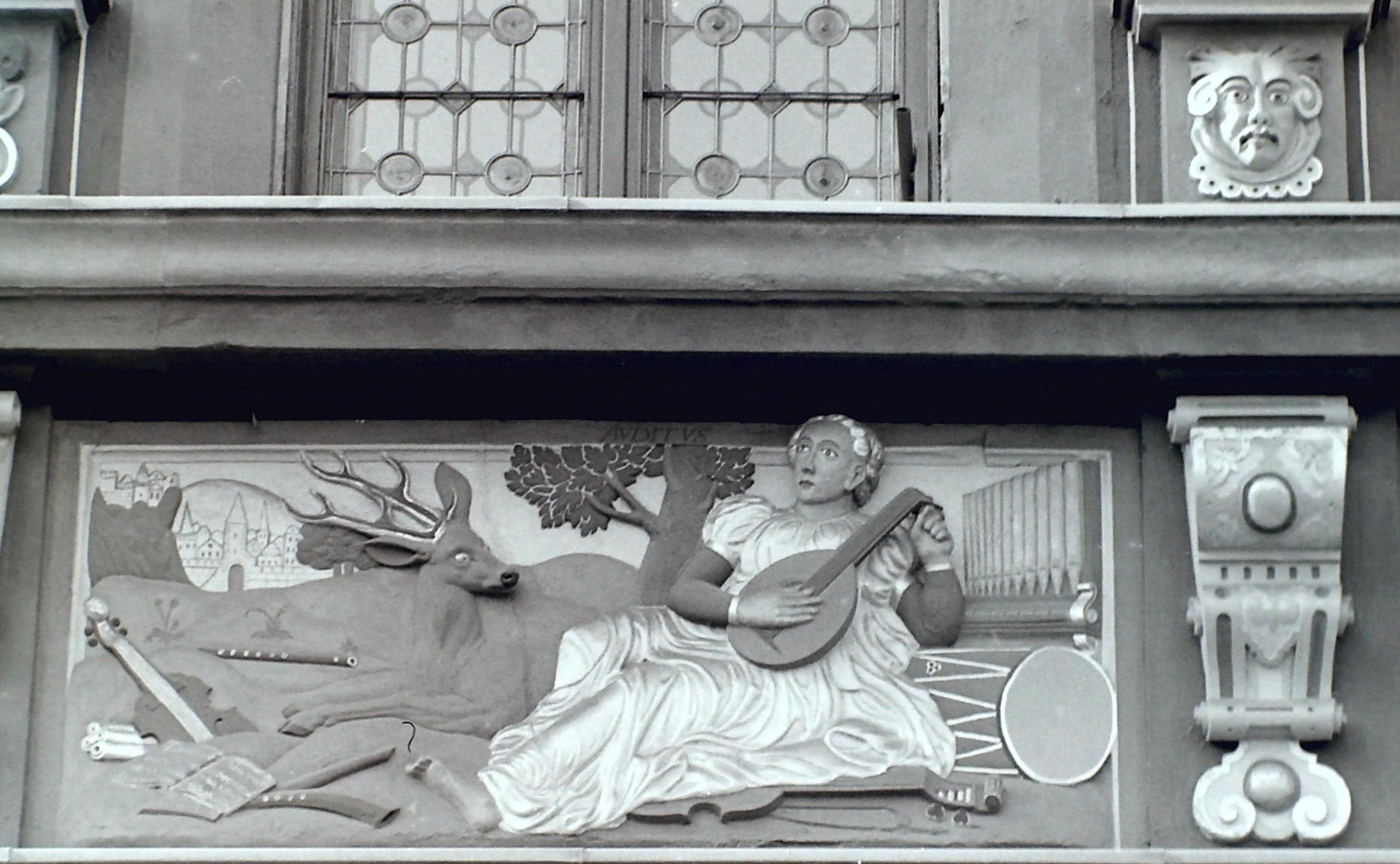 Erfurt Fischmarkt - Haus zum Breiten Herd - Detail 2.JPG