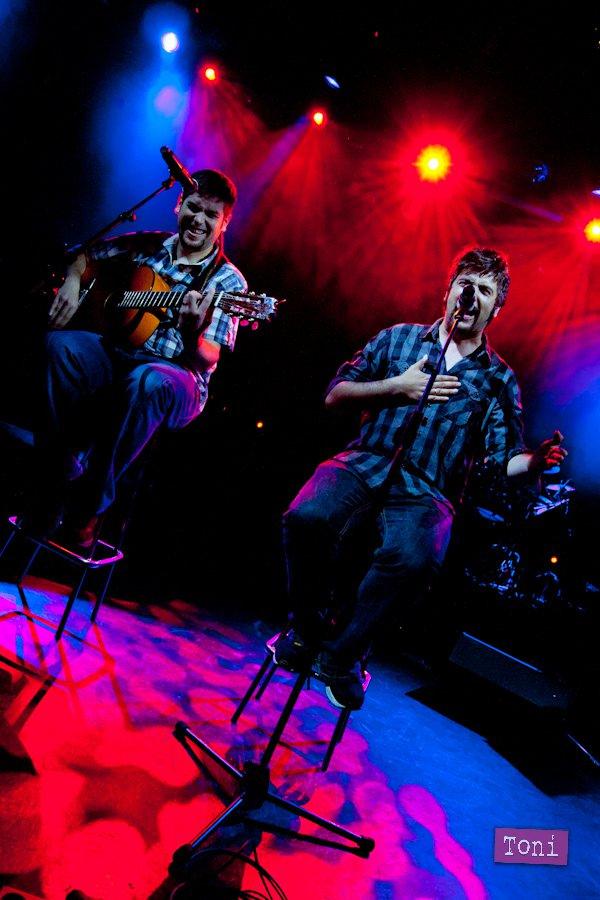 Estopa, en un concierto en Barcelona en 2011