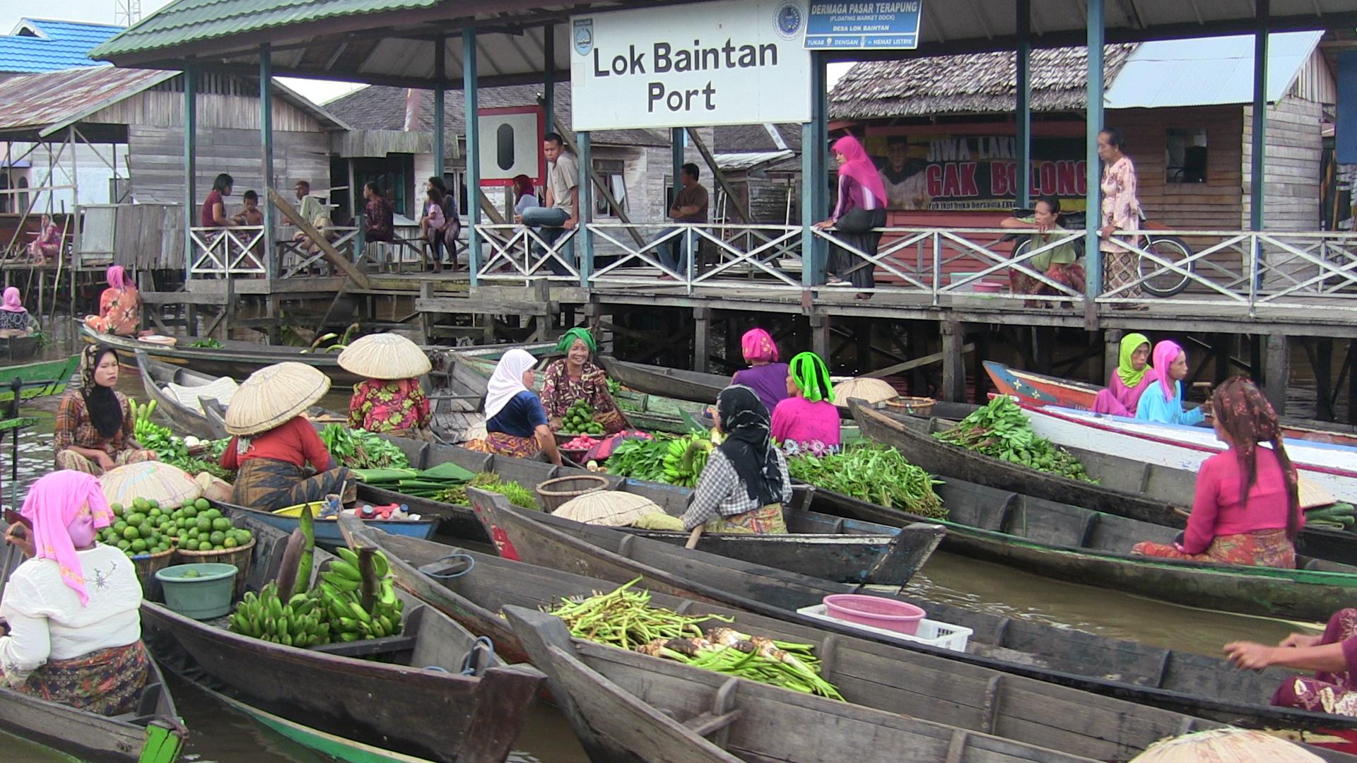 Hasil gambar untuk 6. Pasar Lok Baintan, Kalimantan Selatan.