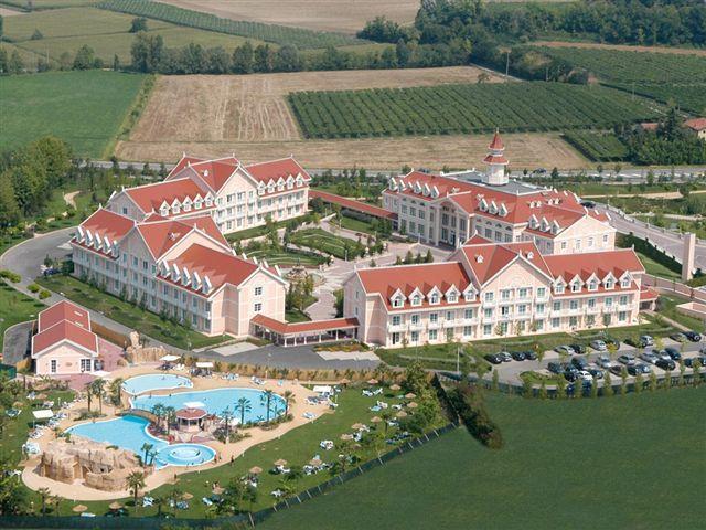 Gardaland Hotel Resort Deutsch