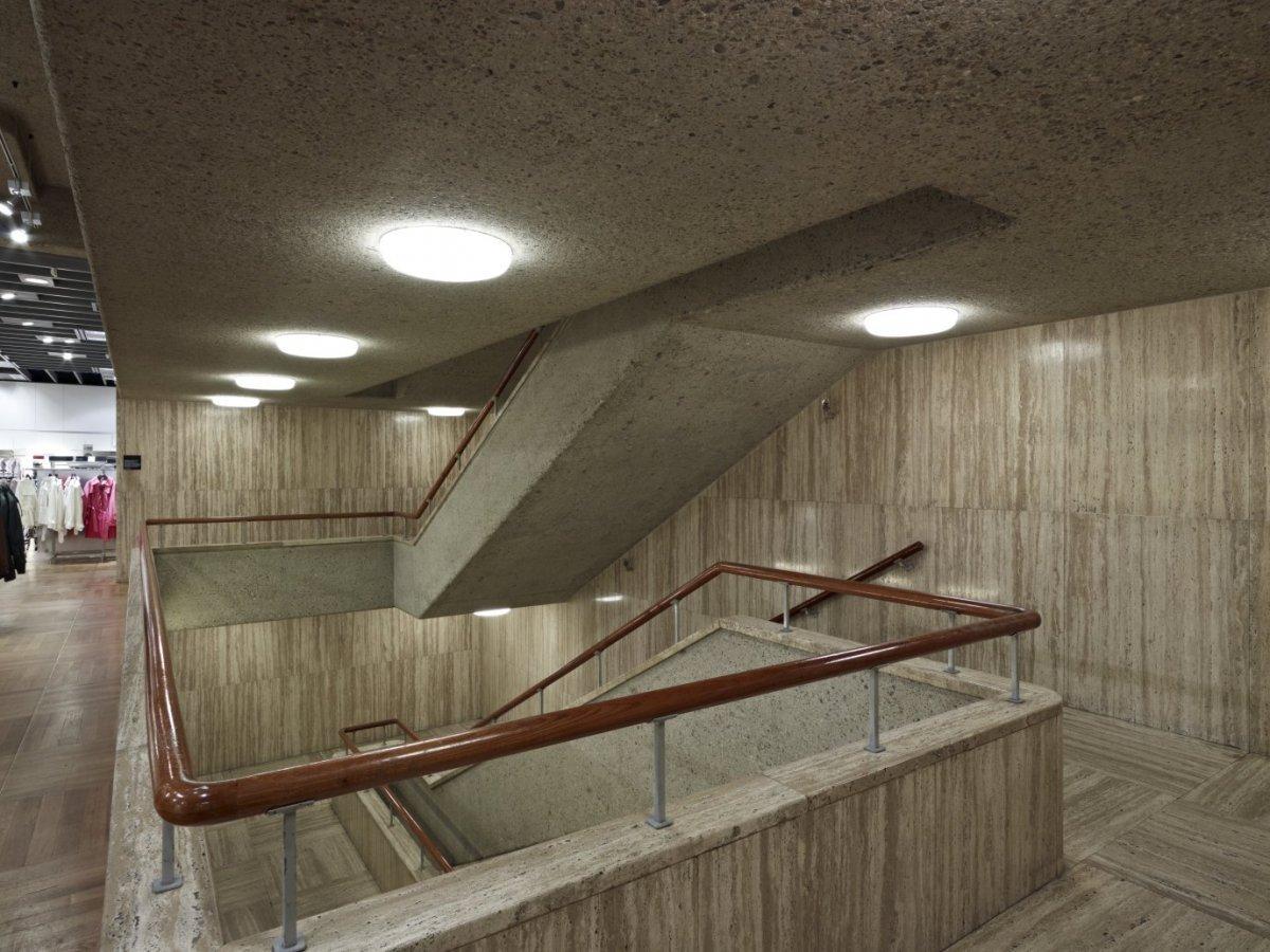 fileinterieur overzicht trappenhuis rotterdam 20533920 rcejpg