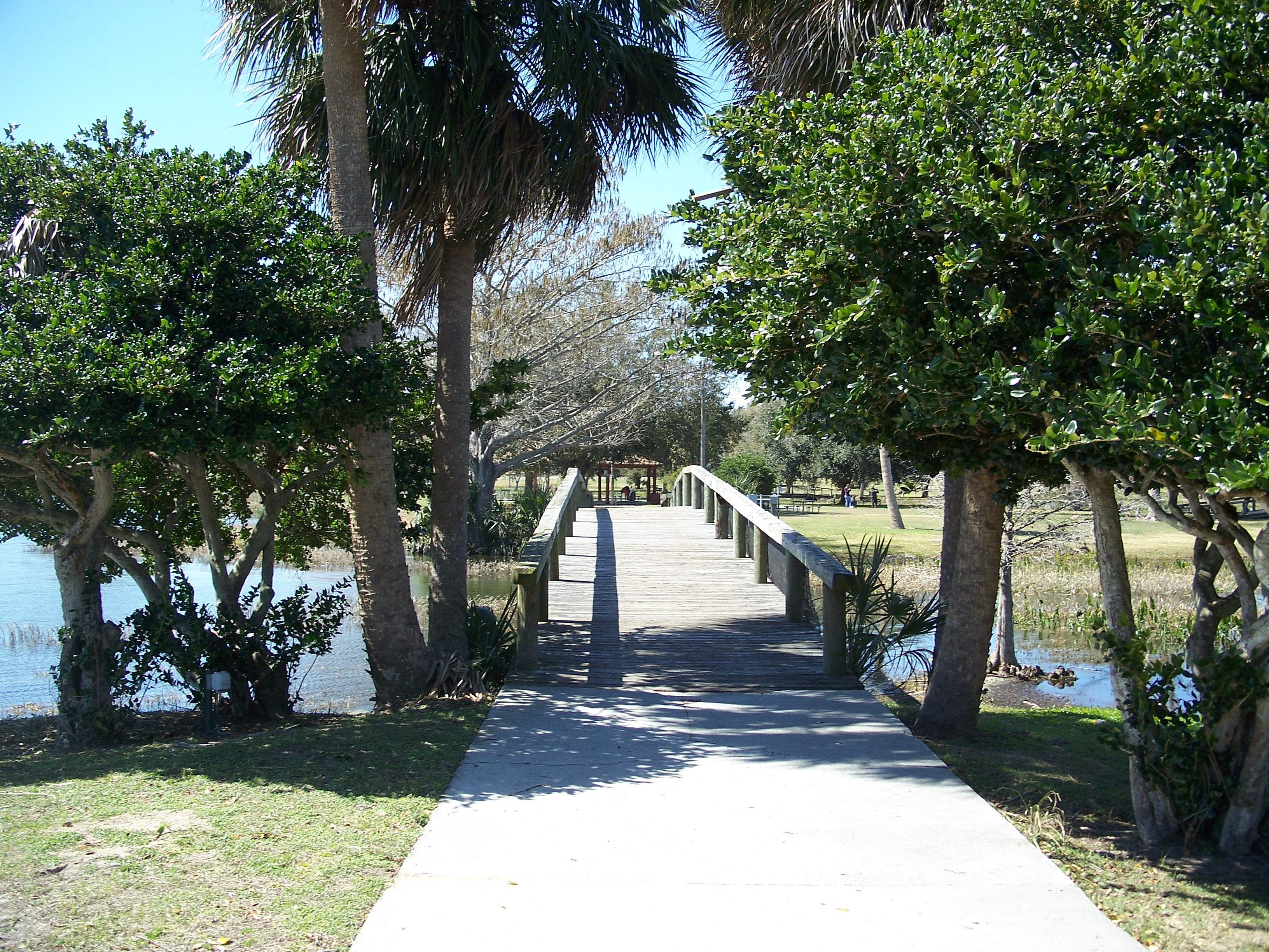 Delightful File:Leesburg FL Venetian Gardens Bridge02