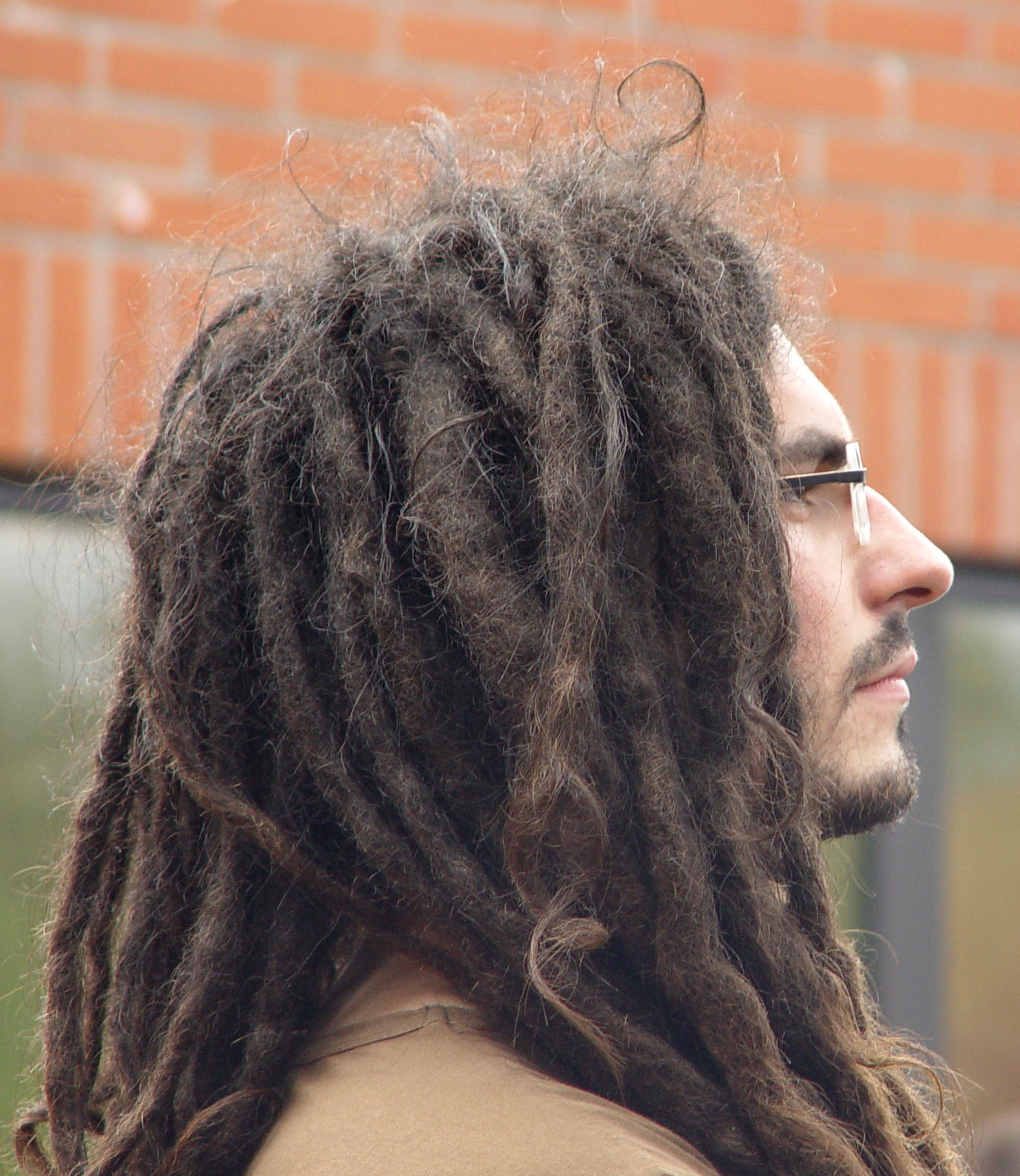 File:Man with dreadlocks.jpg - Wikimedia Commons