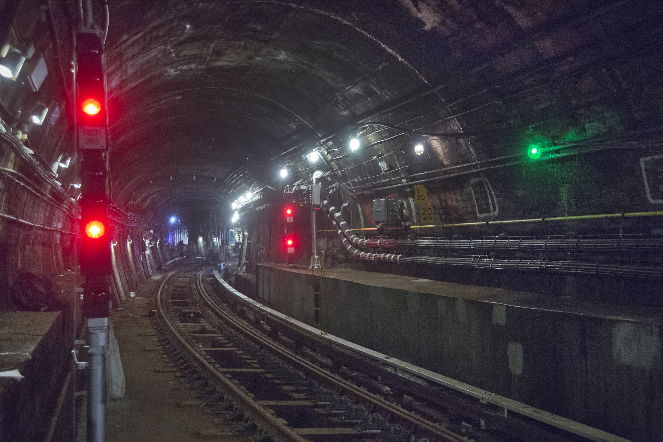 Signaling Of The New York City Subway Wikipedia February 21 2013 Printed Circuit Board Repairs Sparky