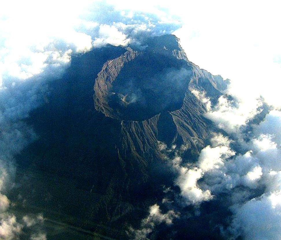 Satellietfoto van de Moun Raung