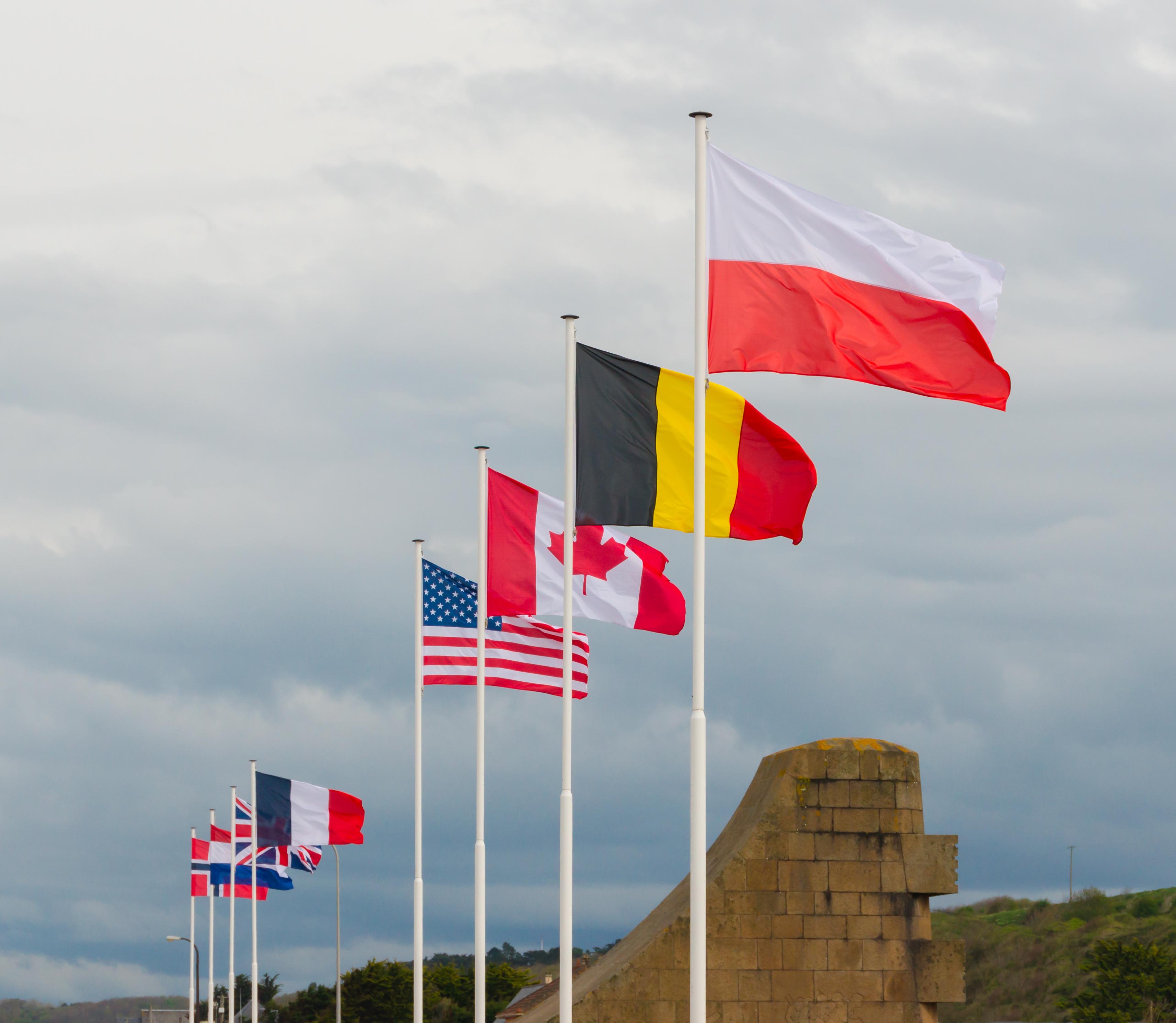 File Omaha Beach Allied Flags Jpg