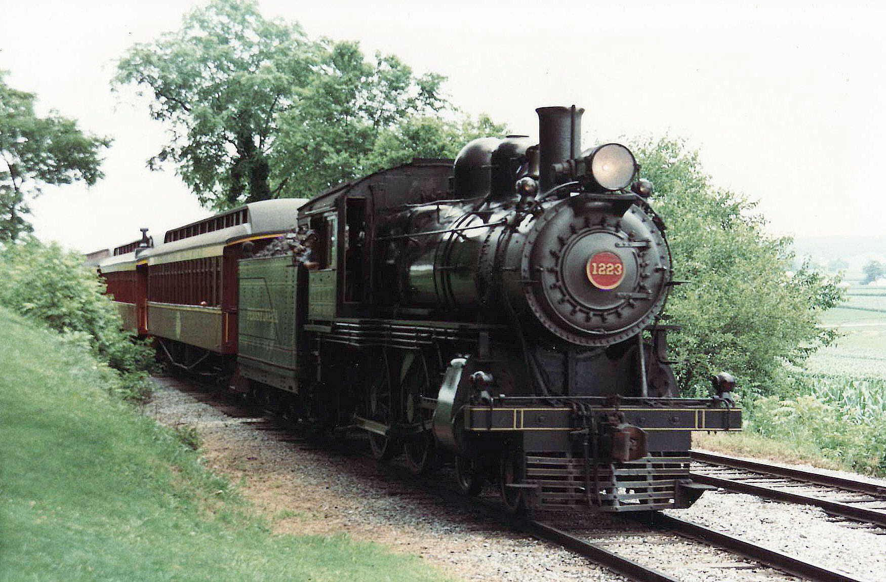 Pennsylvania Railroad D16 James G. Howes [Attribution], from Wikimedia Commons