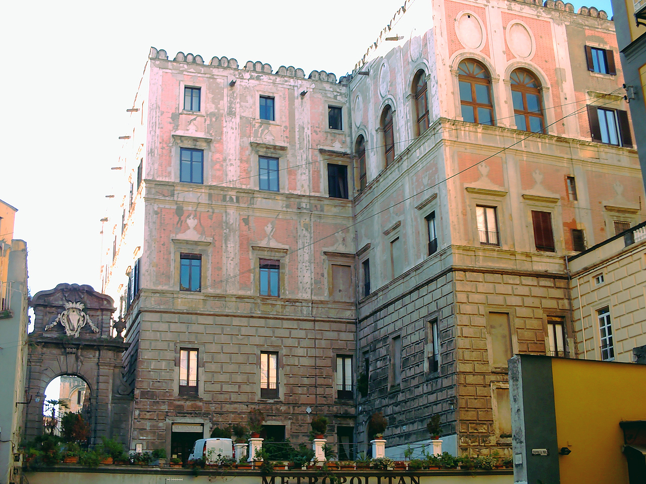 Palazzo Cellammare.jpg