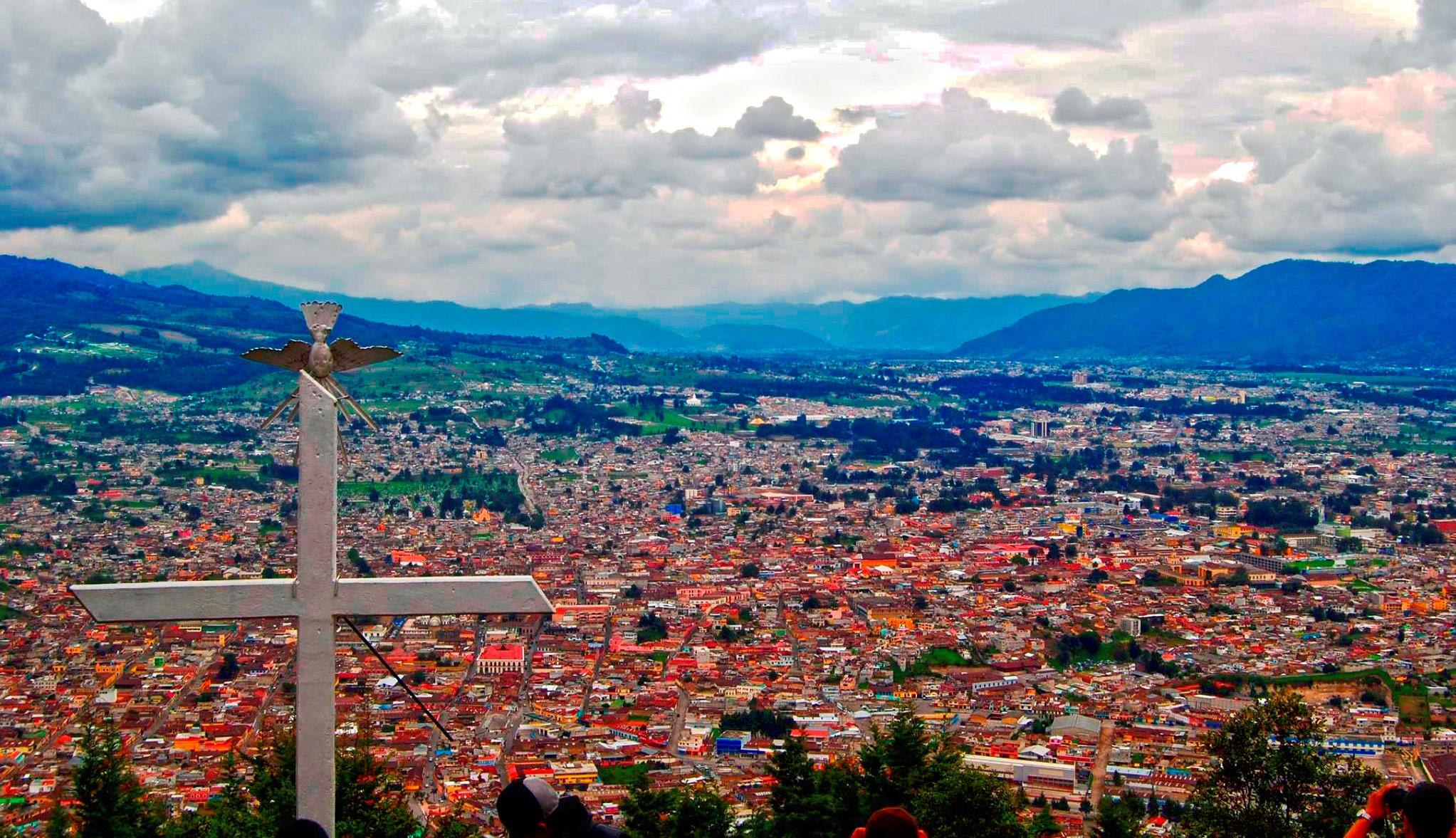 Archivo:Panorámica de Quetzaltenango.jpg - Wikipedia, la enciclopedia libre