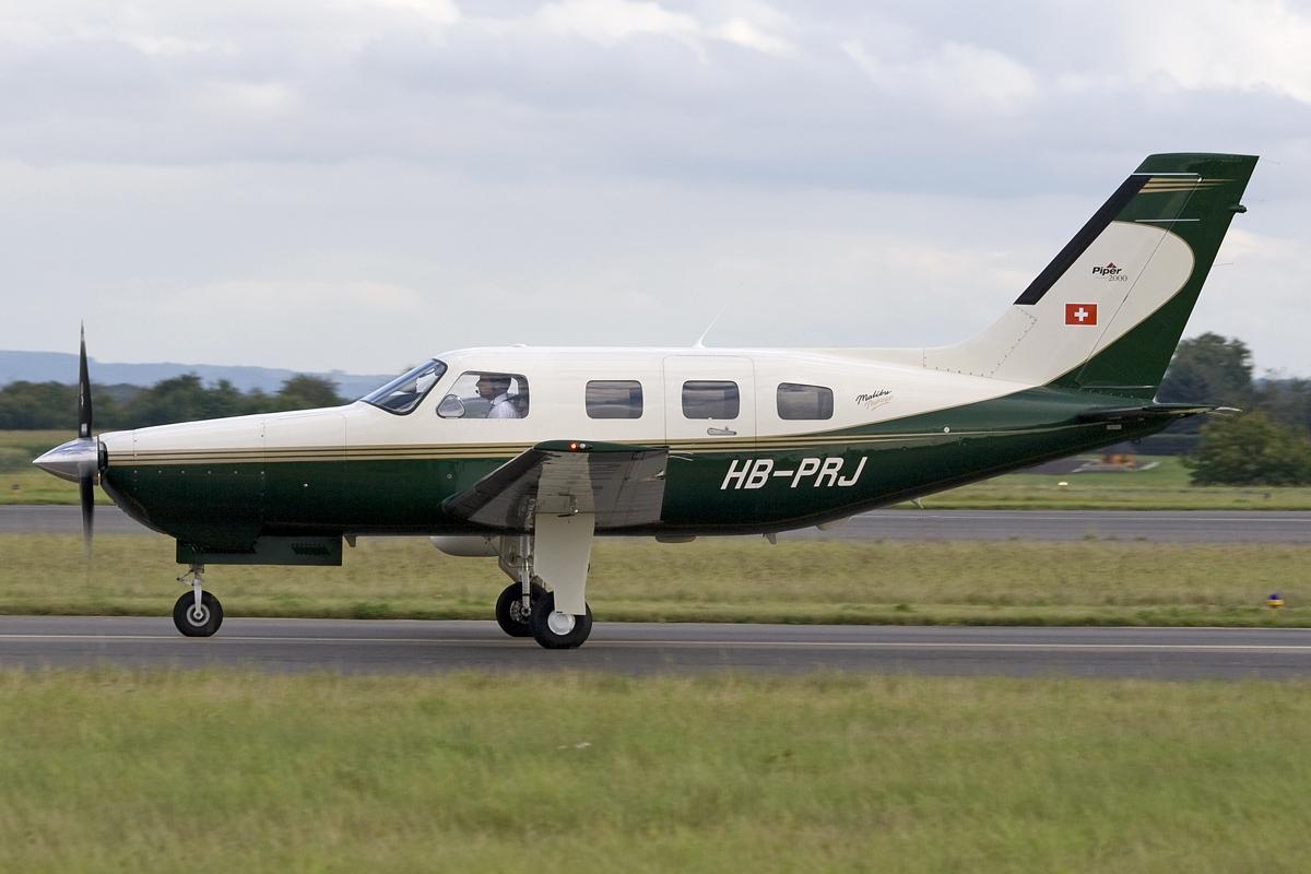 Un Piper Mirage 2012