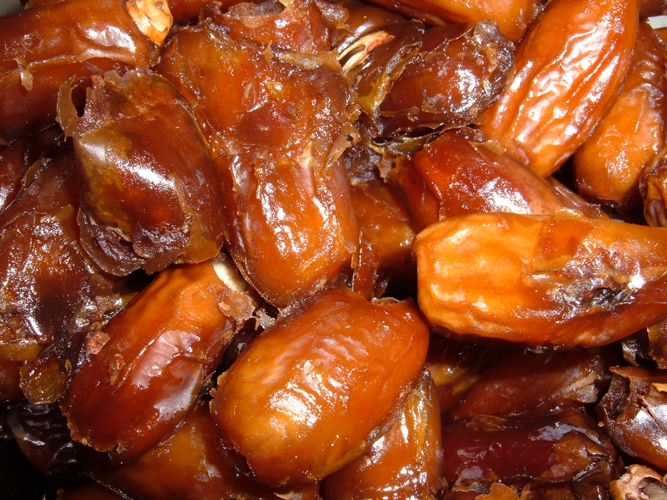What Do You Know About Dates Benefits? | Salwa Najd