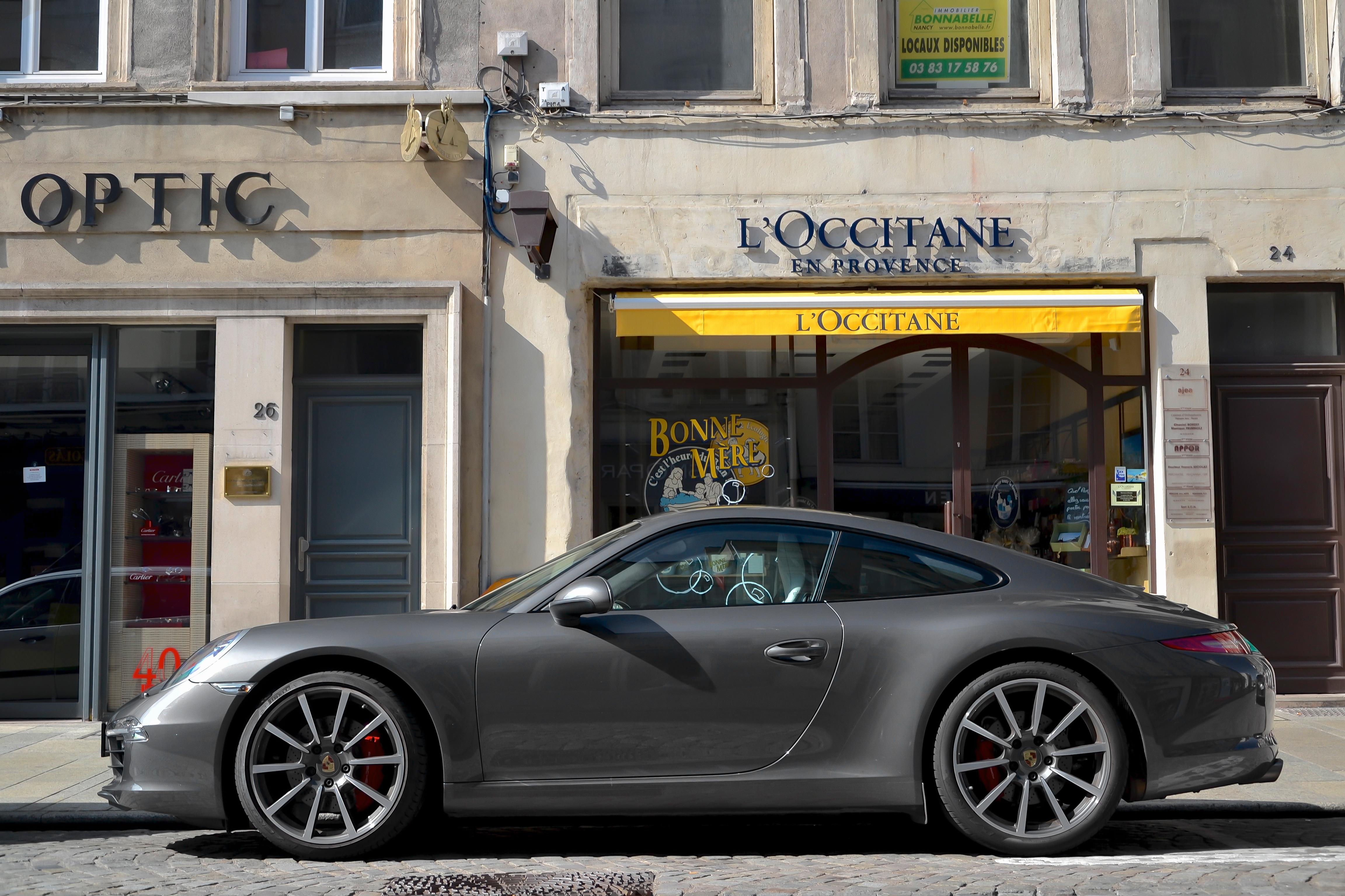 File:Porsche 911 Carrera S (7963689884).jpg - Wikimedia Commons