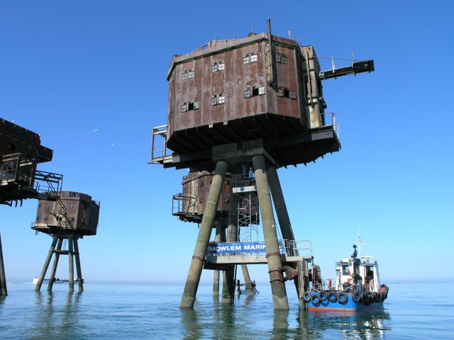 Red Sands Maunsell Tower Restoration - geograph.org.uk - 180562