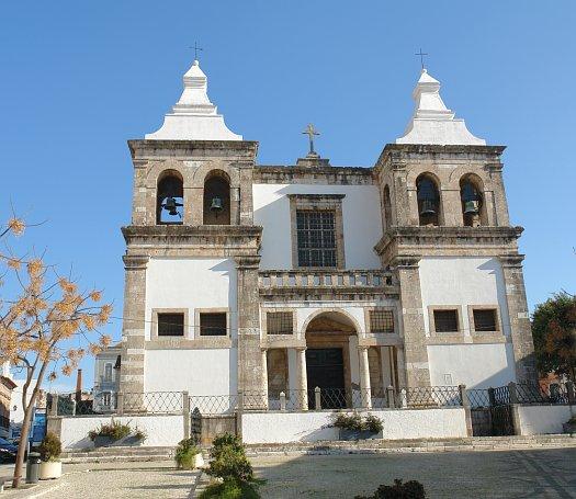 http://upload.wikimedia.org/wikipedia/commons/9/9a/Santa_Maria_da_Graca_Church.JPG