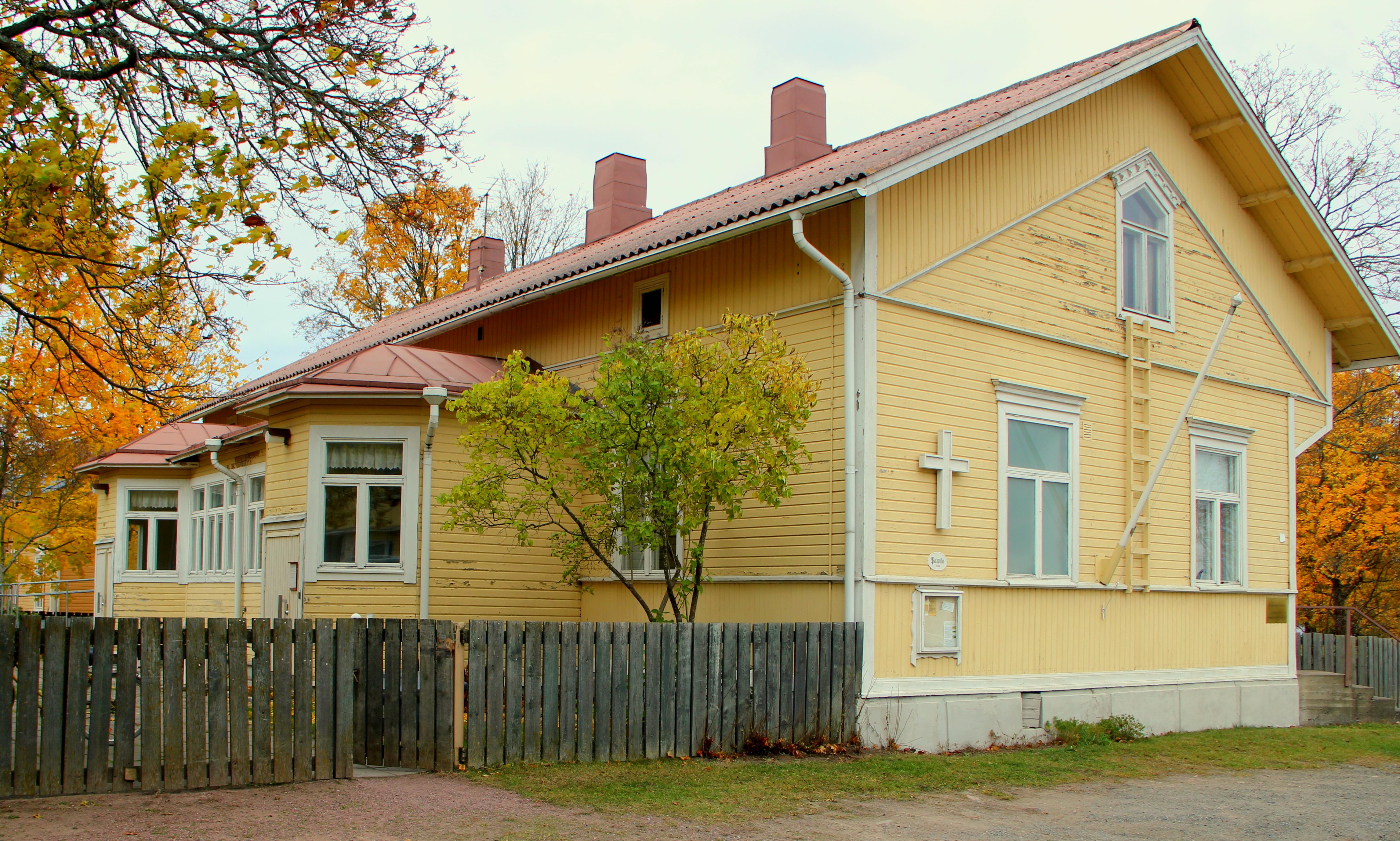 Seurakunnan talo.jpg