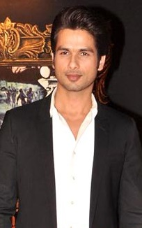 Shahid Kapoor at the premiere of JAB TAK HAI JAAN.jpg
