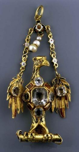 File:Spain Eagle pendant.jpg