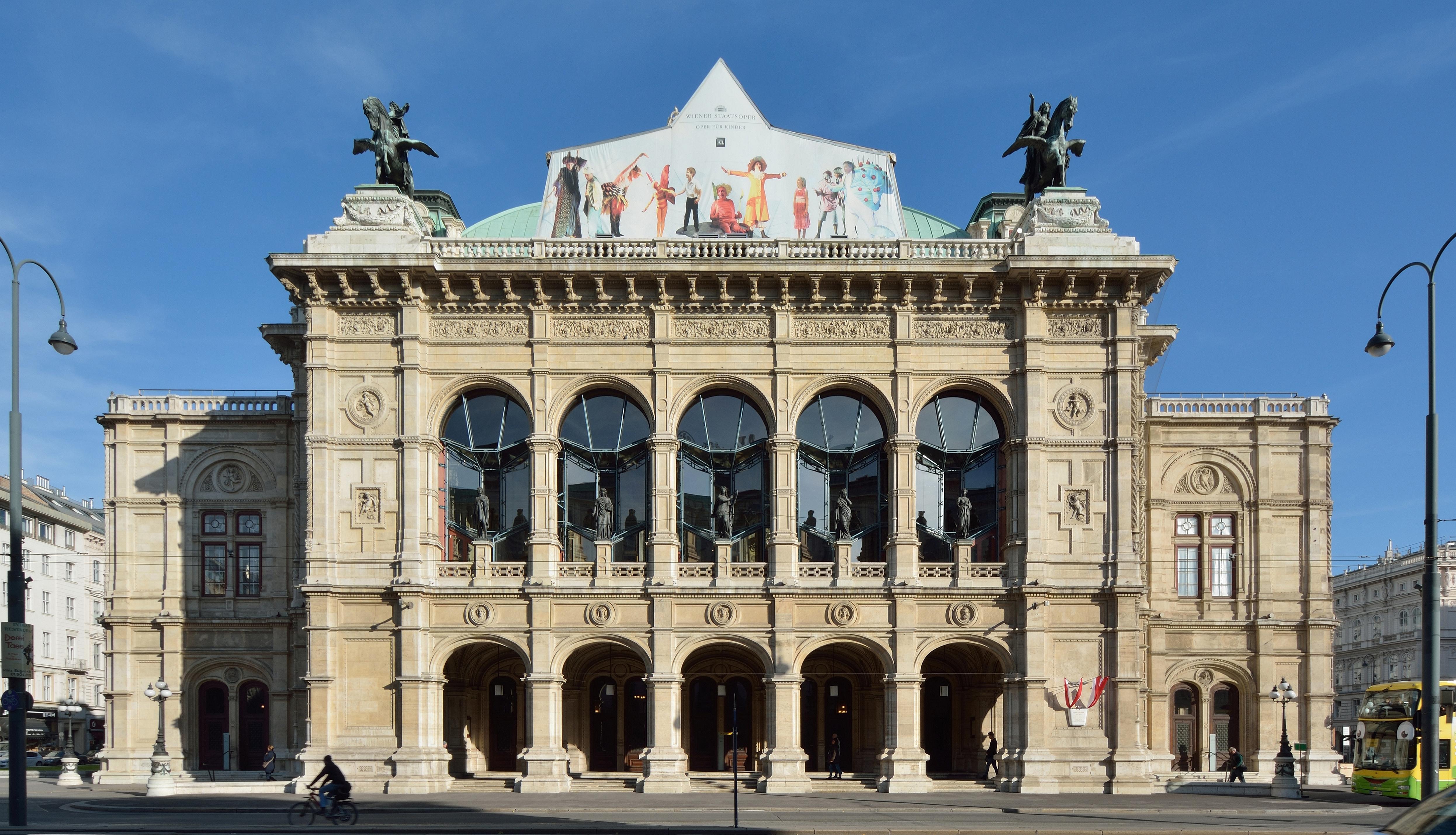 Filestaatsoper Wien Dsc W Jpg