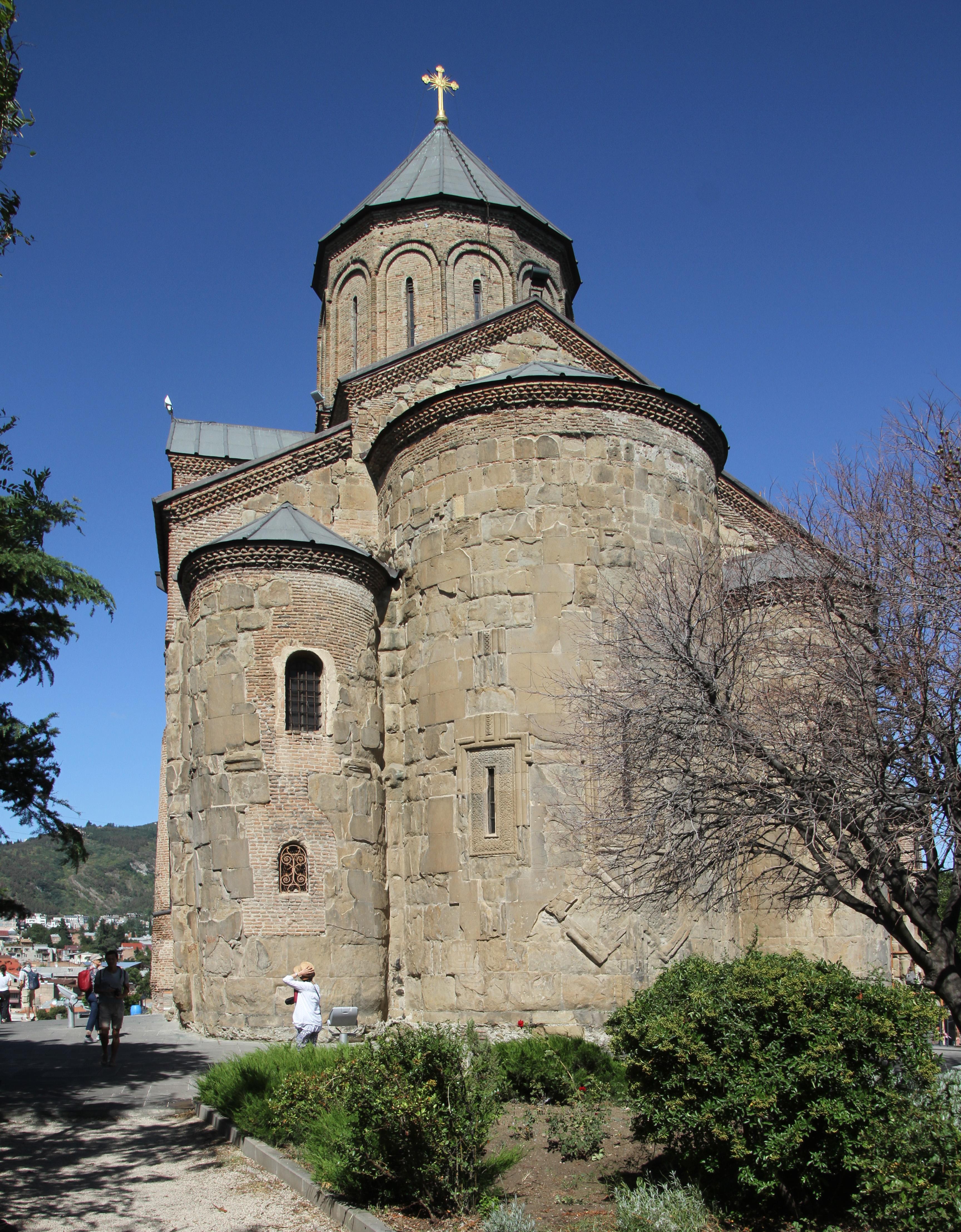 Ymele:Tbilisi-Metekhi-Kirche-12-2019-gje.jpg - Wikipǣdia, sēo frēo wīsdōmbōc