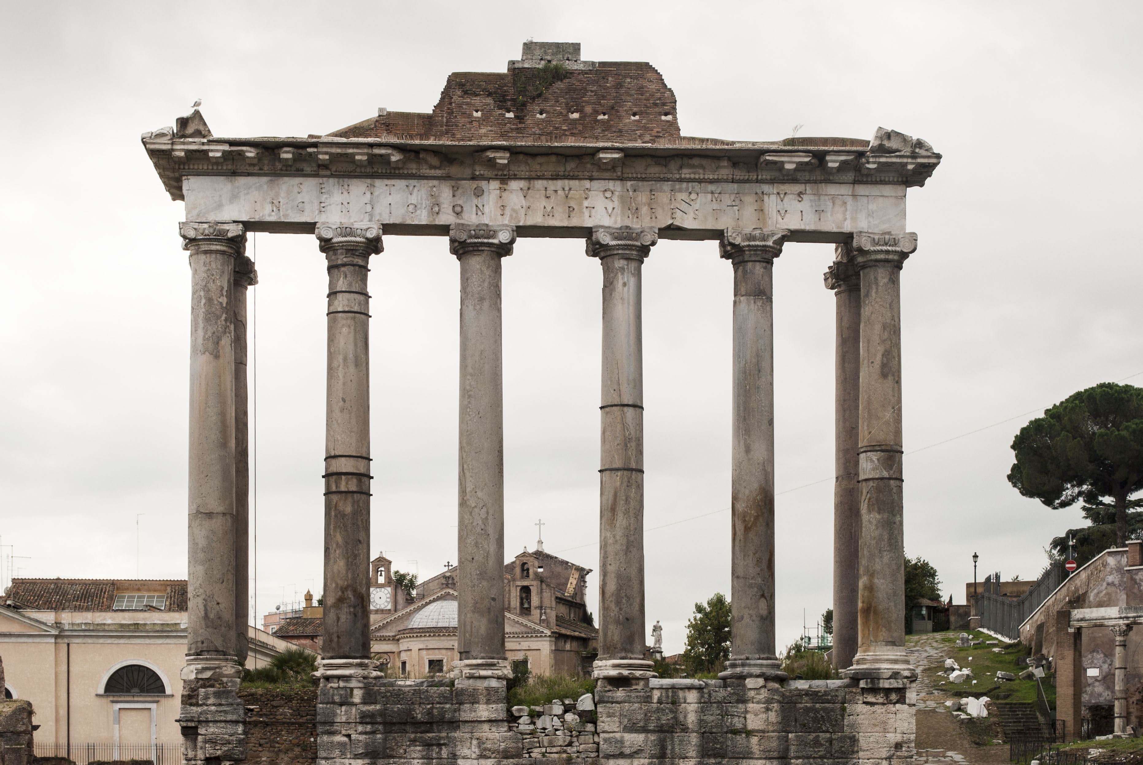 File Temple Of Saturn Rome Jpg Wikimedia Commons