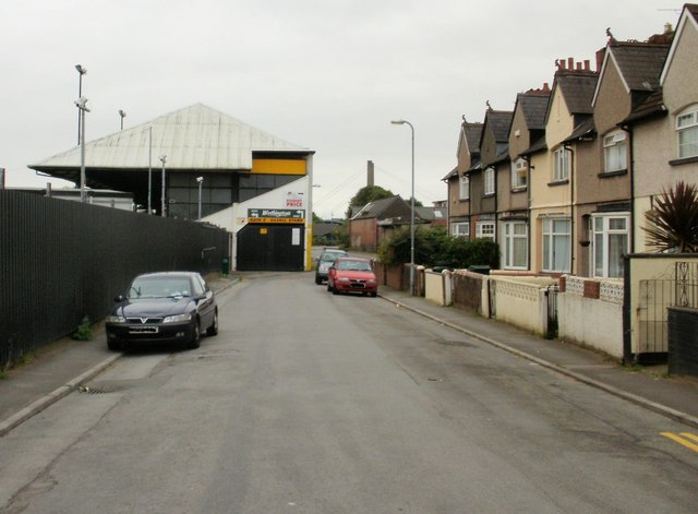 File:The far end of Rodney Road, Newport - geograph.org.uk - 1622348.jpg