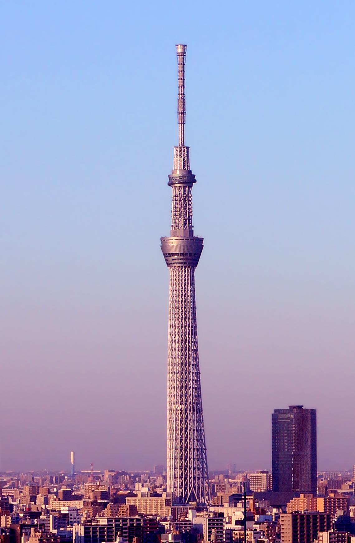 ۲.توکیو اسکای تری، توکیو، ژاپن ۲۰۱۲ ، ۶۳۴متر