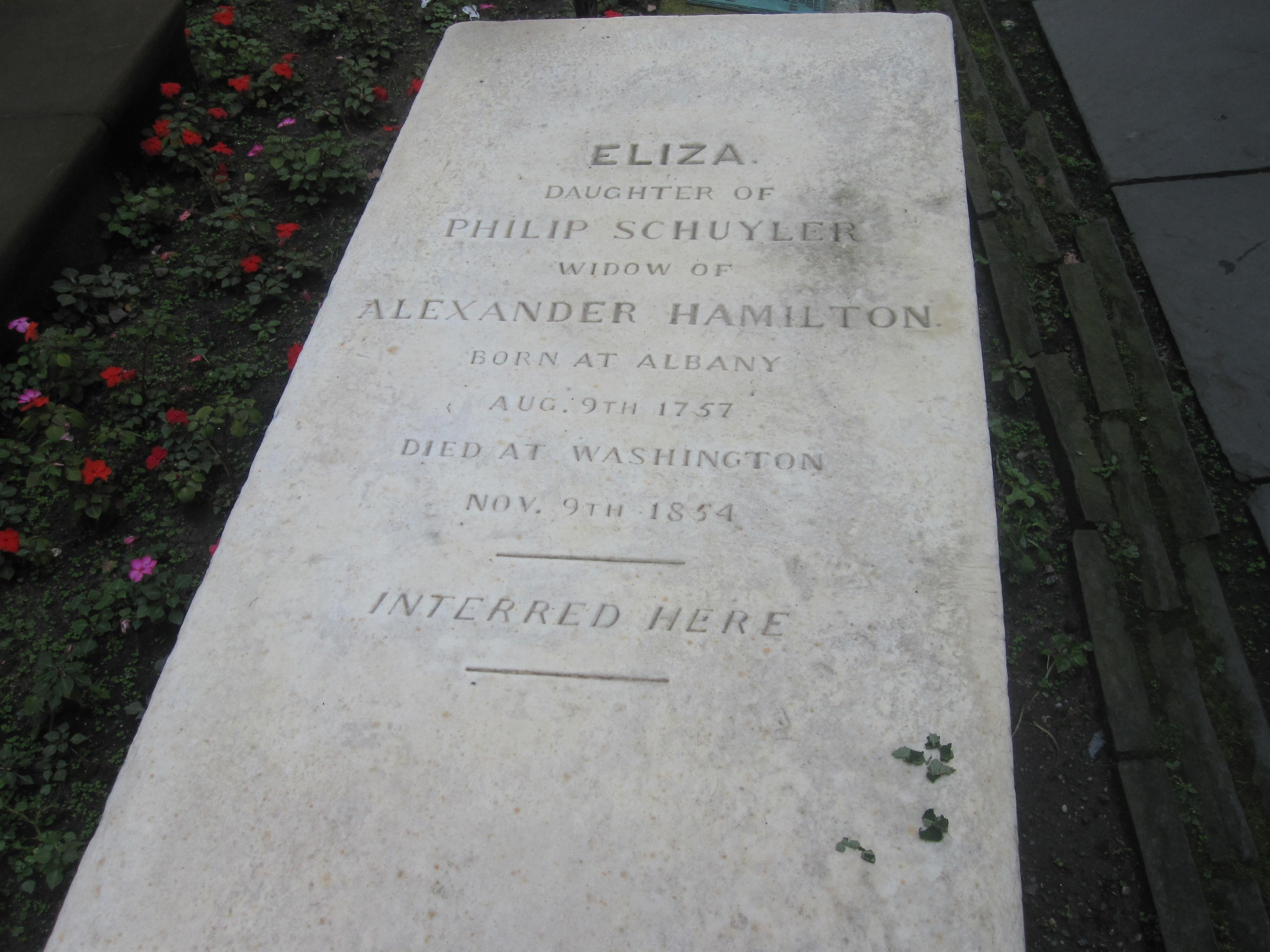 File:Tomb of Eliza Schuyler Hamilton at Trinity Church Graveyardtrinity city