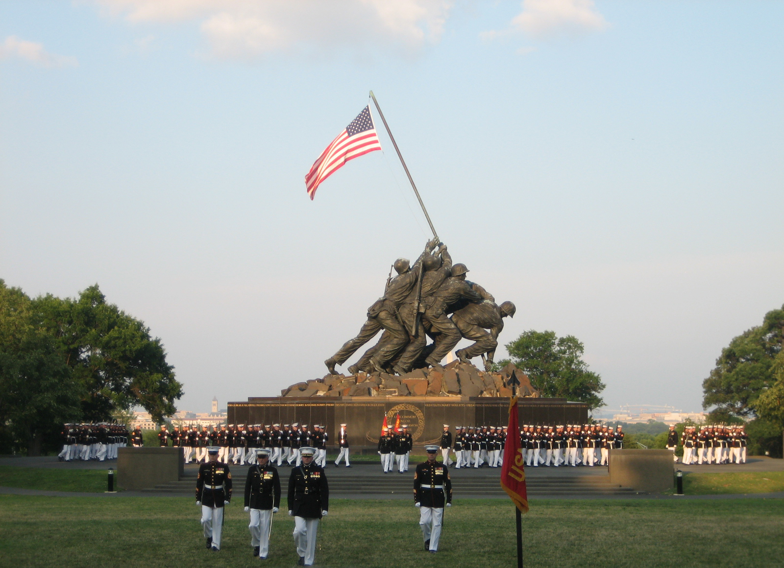 United States Marine Corps USMC_War_Memorial_Sunset_Parade_2008-07-08