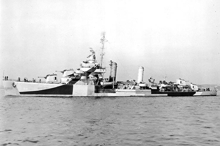 USS Tillman (DD-641), off the New York Navy Yard, New York, 8 October 1944.